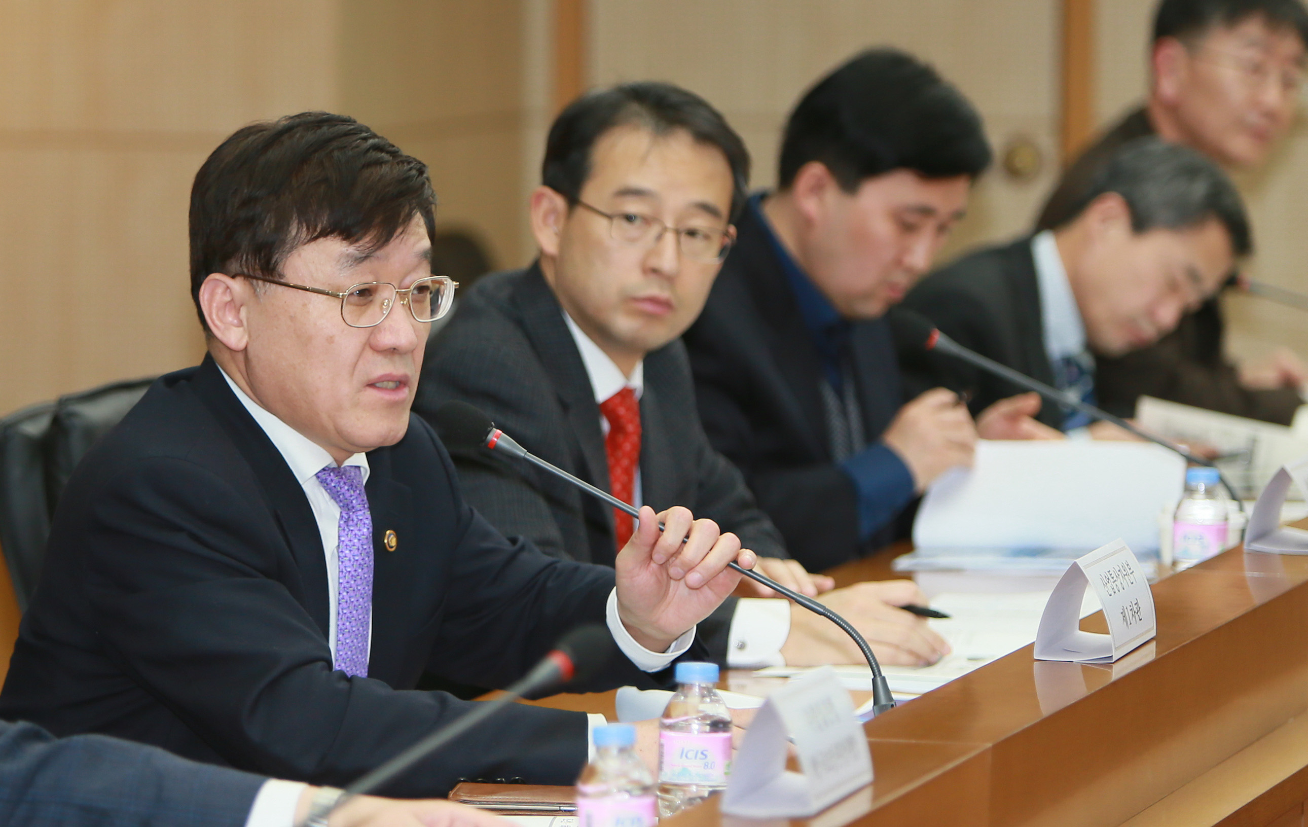 Vice Minister Jeong hosts discussion on development of eco-friendly, smart ships
