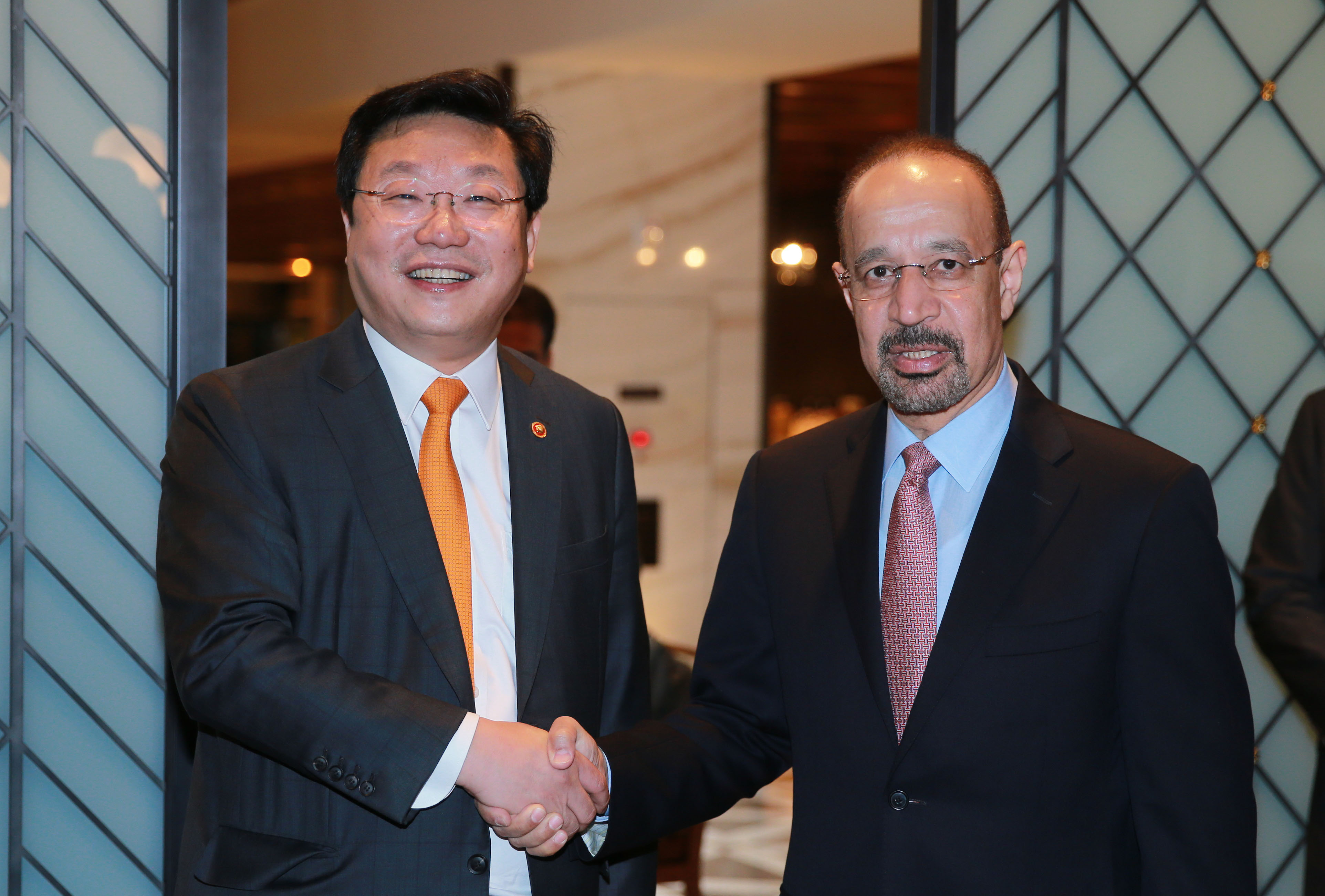 Minister Joo meets with Saudi Energy Minister