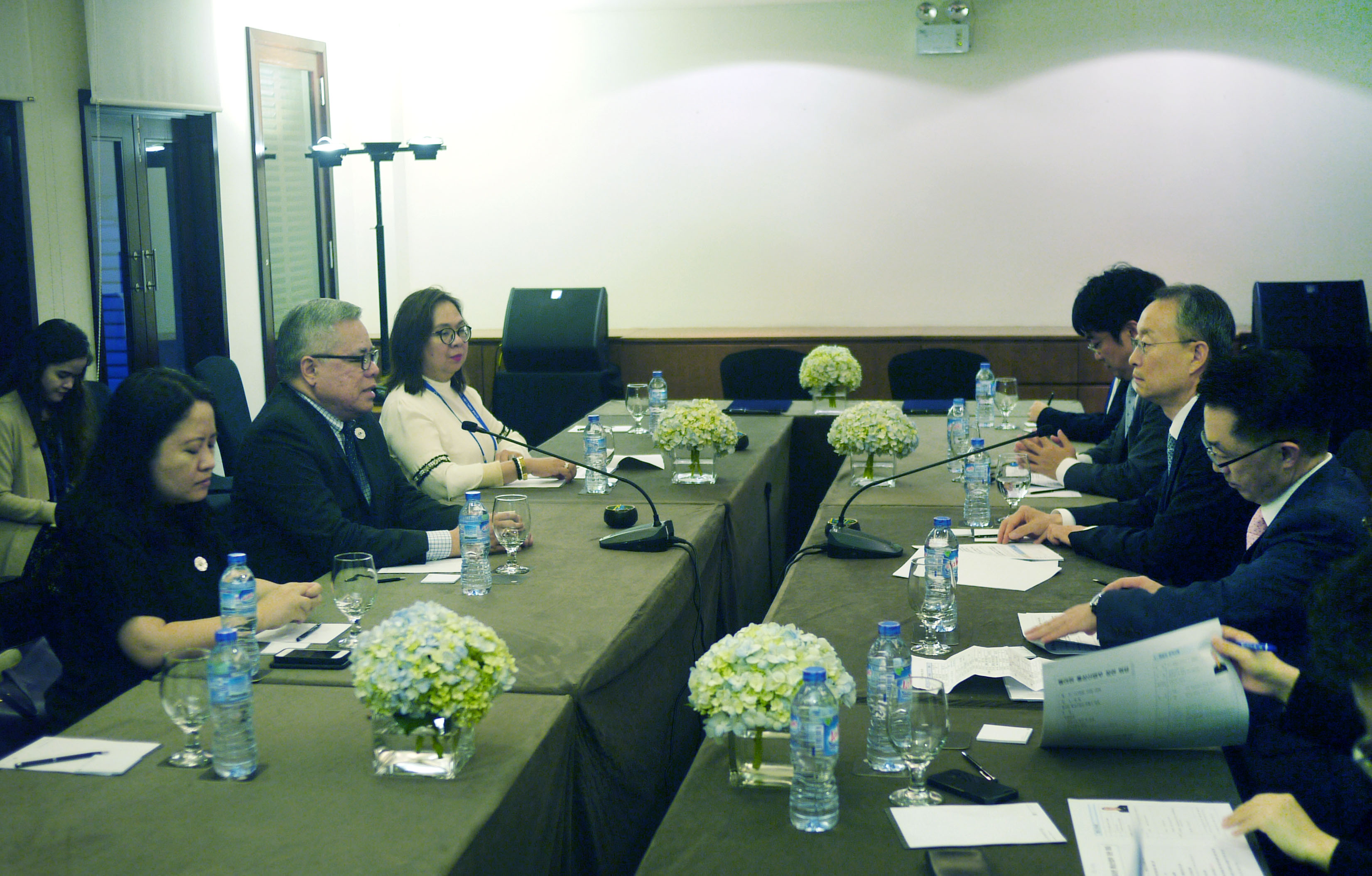 Korea, Philippines hold bilateral ministerial meeting  Image 0
