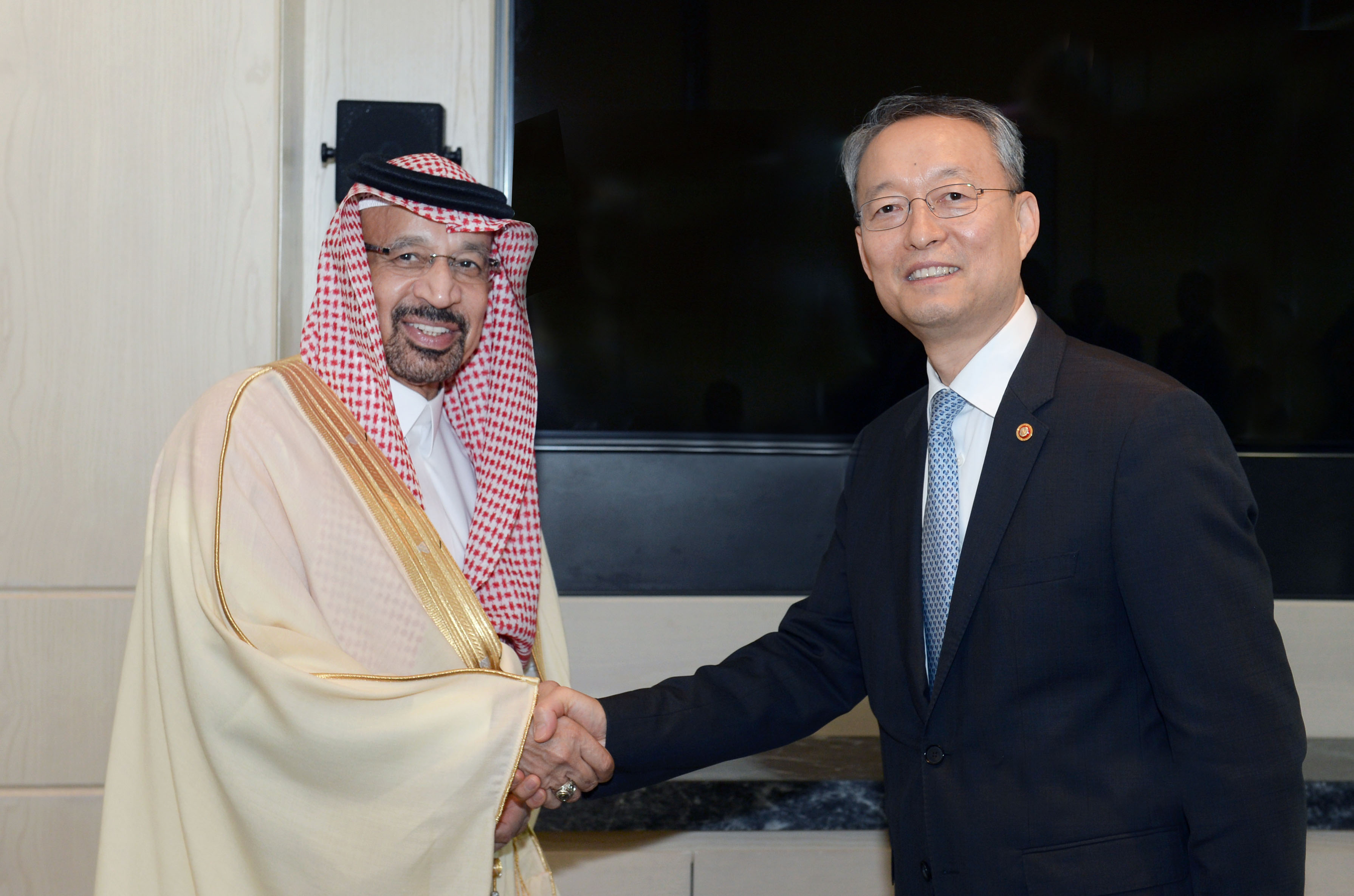Minister Paik talks with Saudi counterpart to improve energy and industrial ties