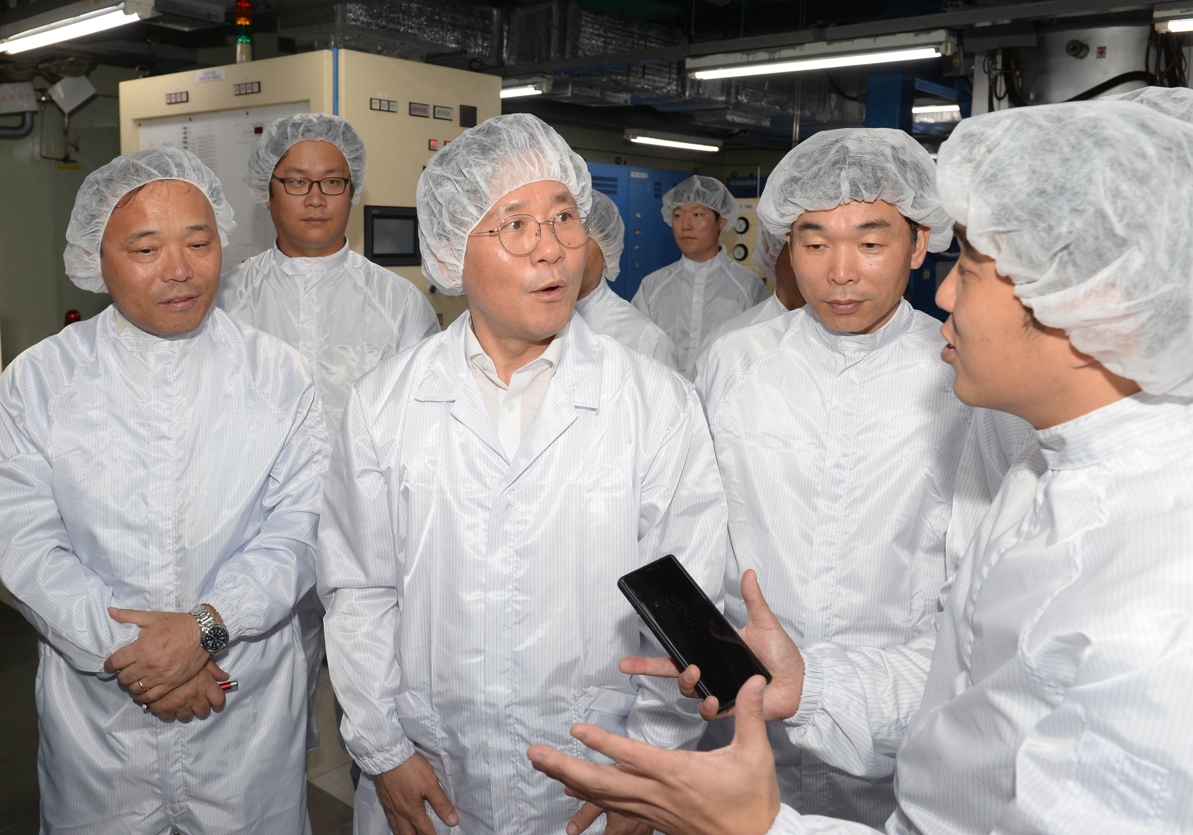 Minister Sung visits a leading fiber optic cable manufacturing company in Ansan Image 0