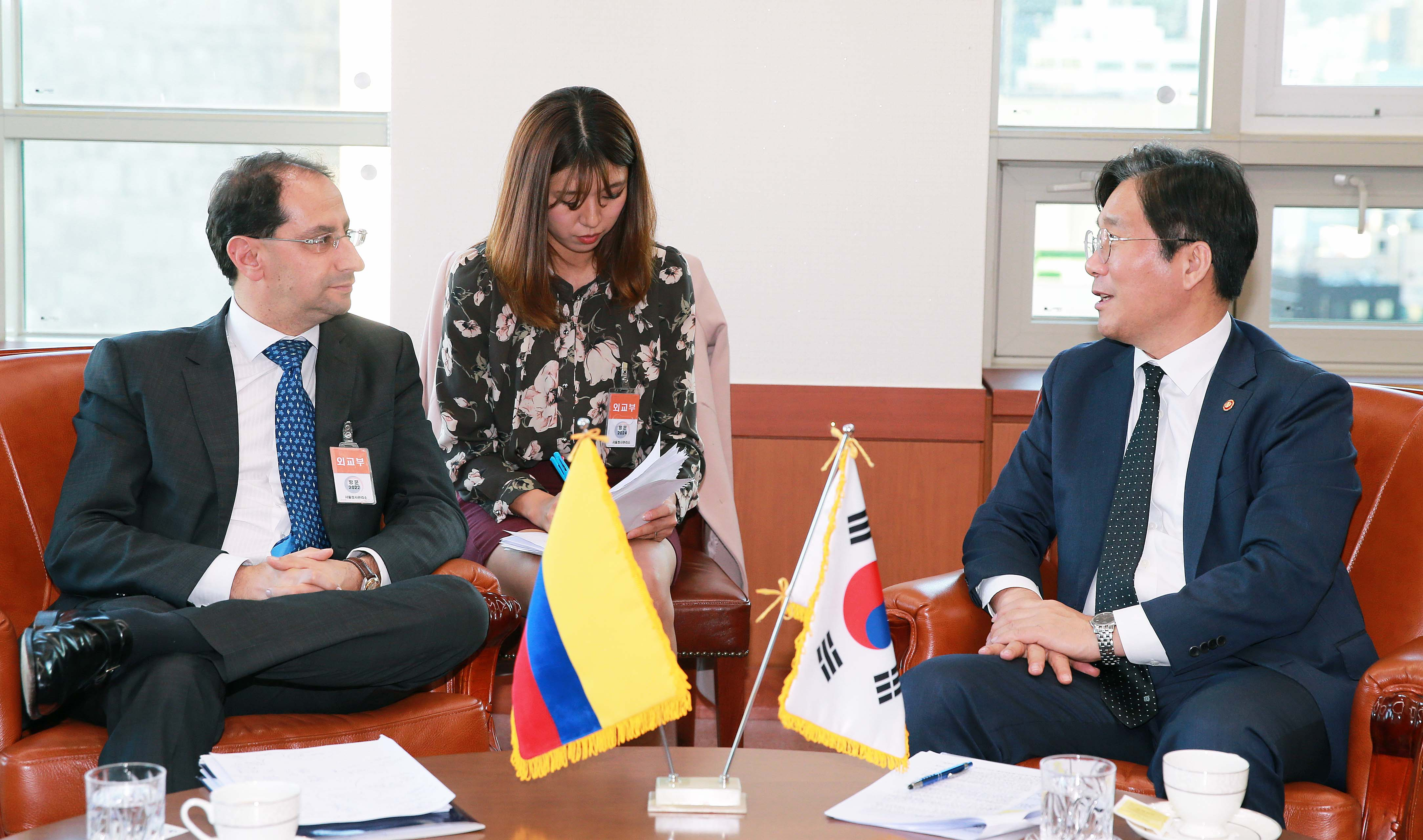 Minister Sung meets with Colombian Commerce Minister in Seoul Image 0