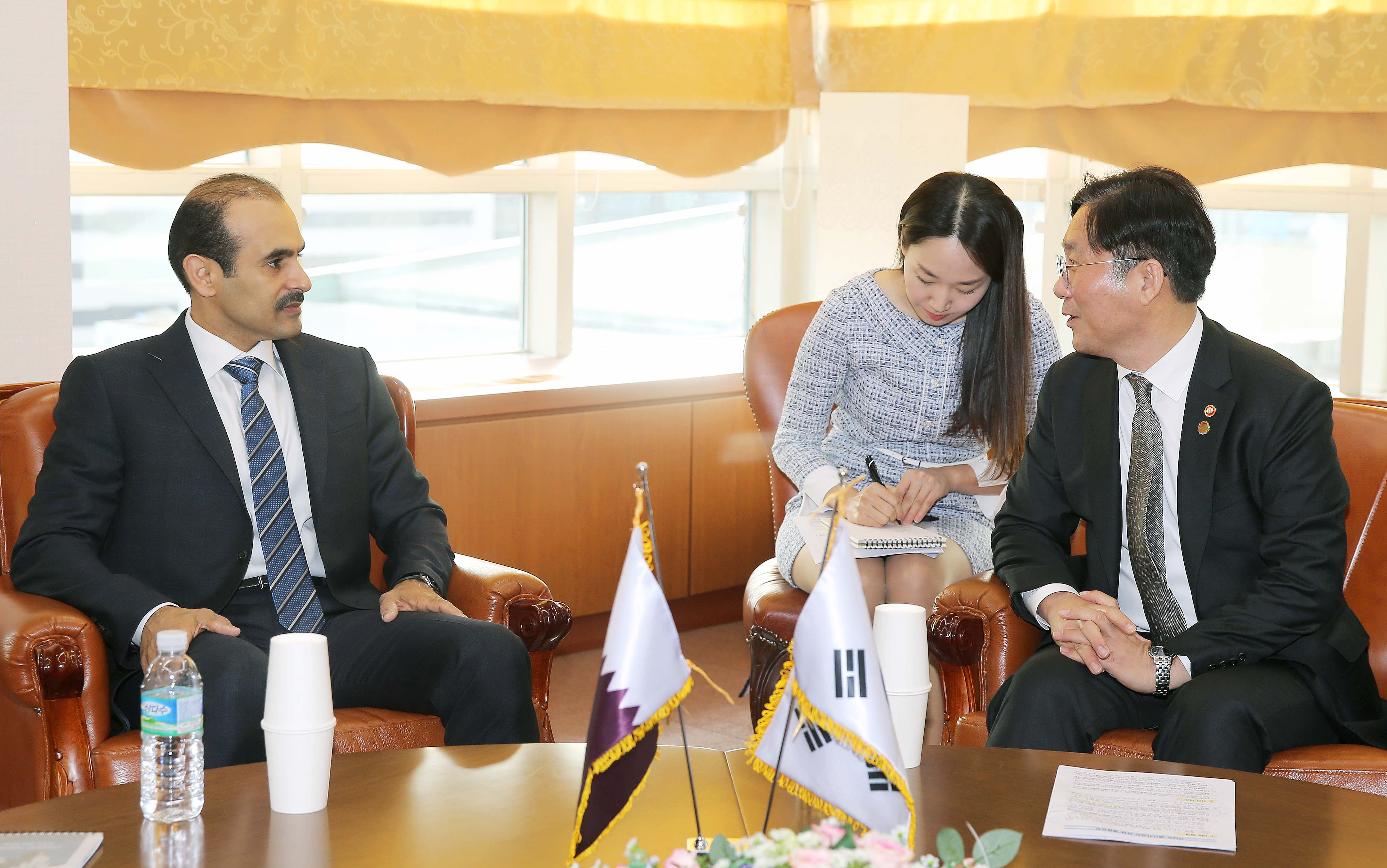 Minister Sung meets with Qatar Energy Minister