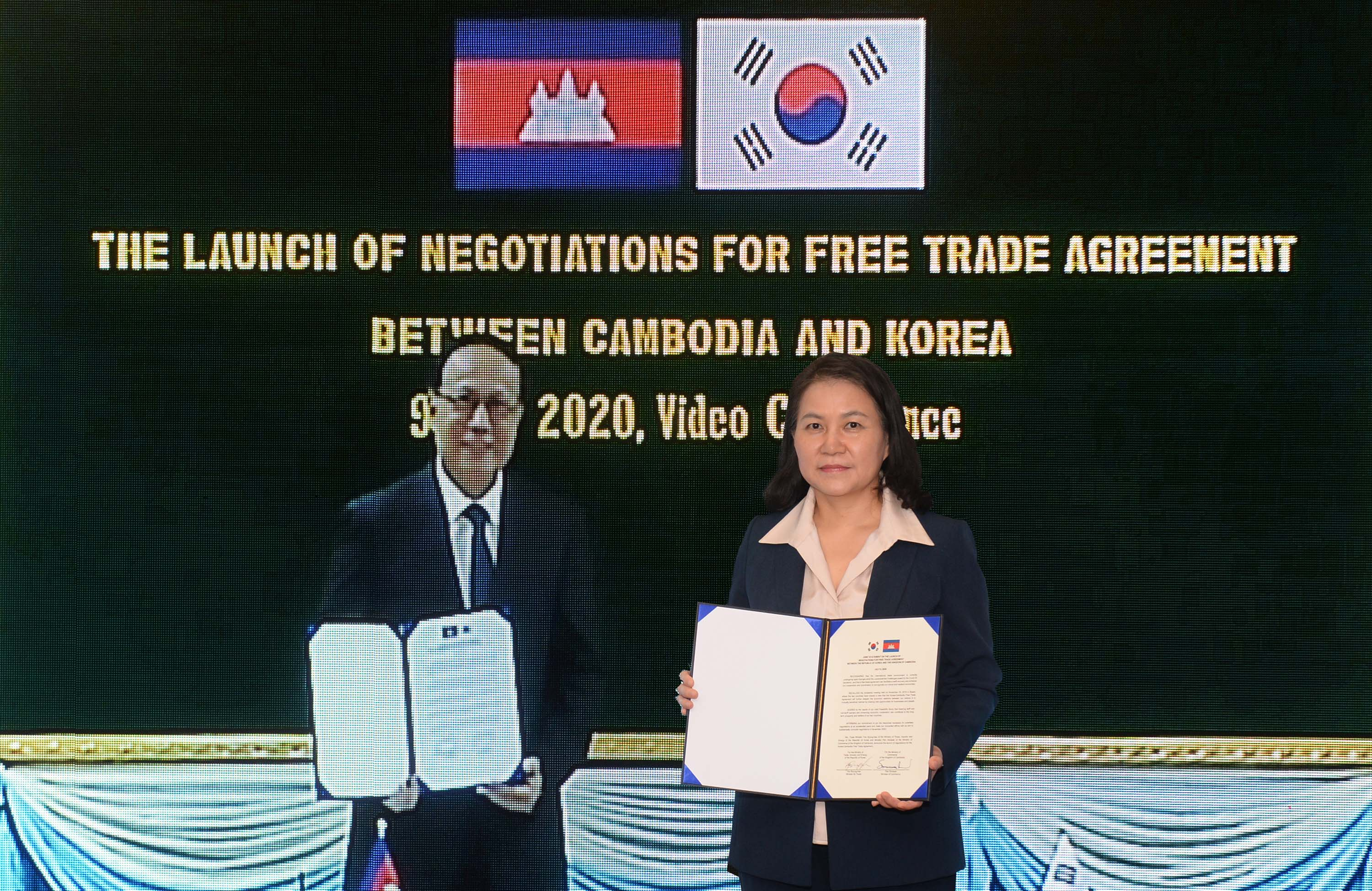 Korea, Cambodia to launch official negotiations for FTA