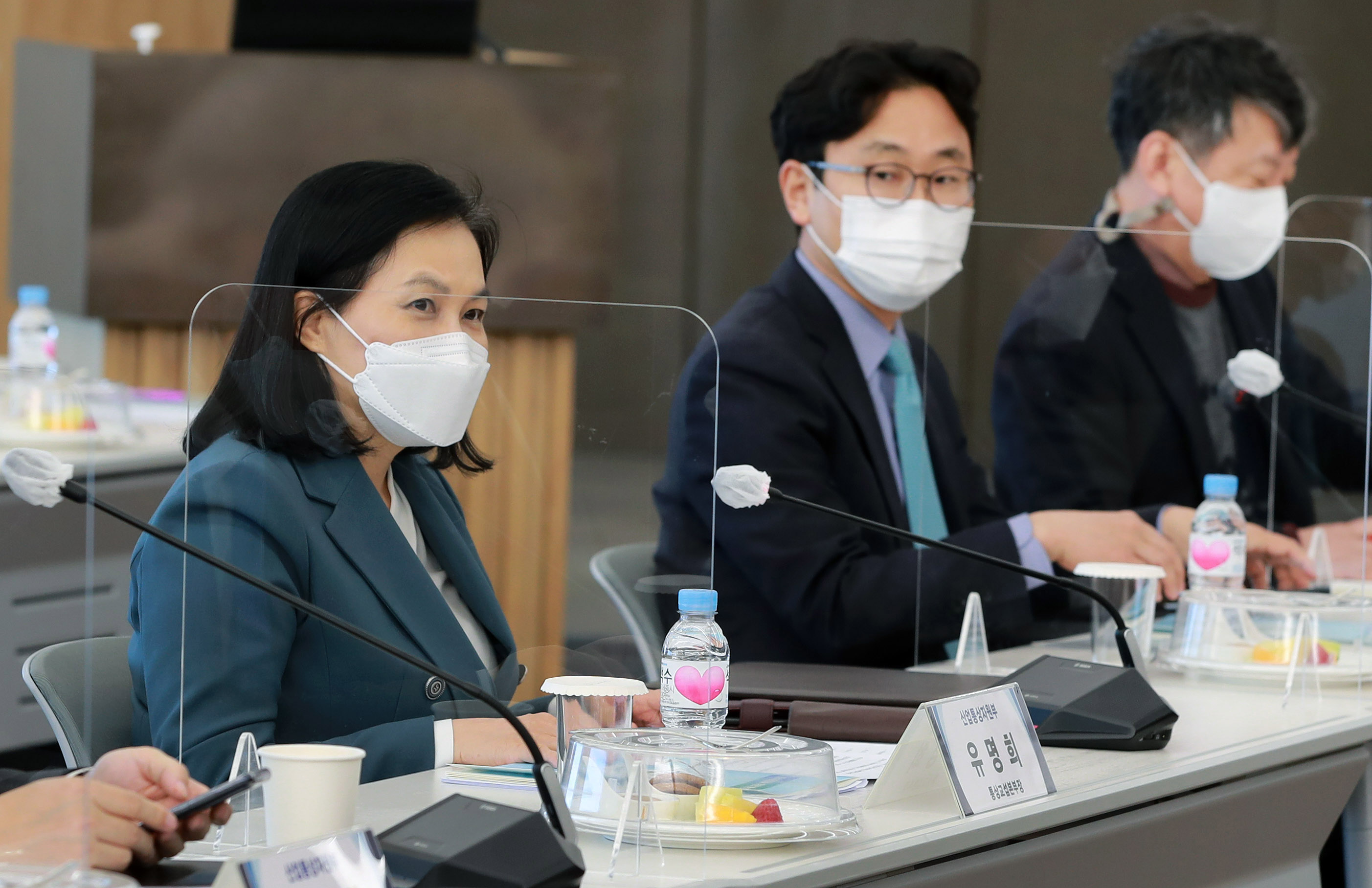 Trade Minister Yoo attends forum to discuss trade strategy on environmental issues